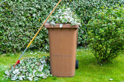 Coronavirus (COVID-19): Garden waste collections suspended